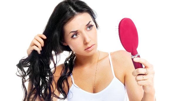 По каким причинам у вас могут выпадать волосы?
