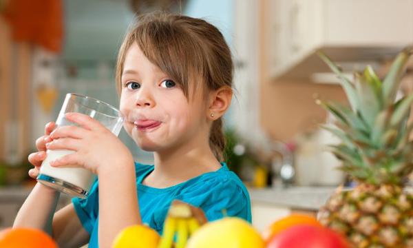 Чтобы укрепить иммунитет, нужно высыпаться и есть фрукты