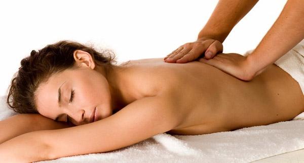 Массаж спины – как не ошибиться с выбором массажиста