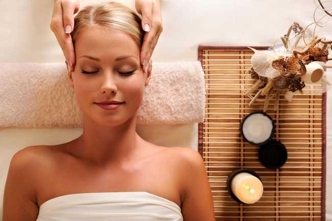 Как правильно делать массаж кожи головы для роста волос