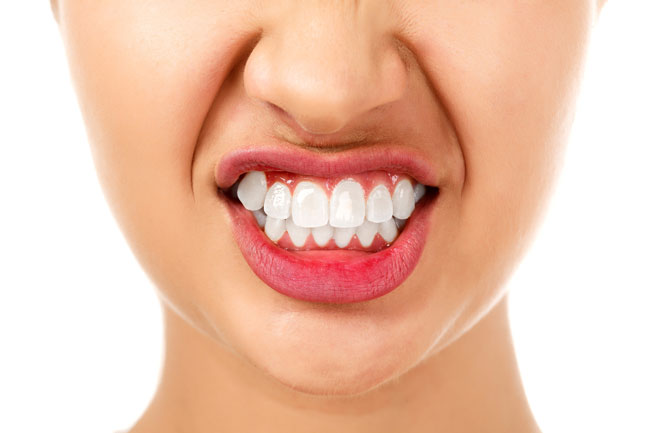 Причины зубного скрежета во сне. Методы избавления от патологии